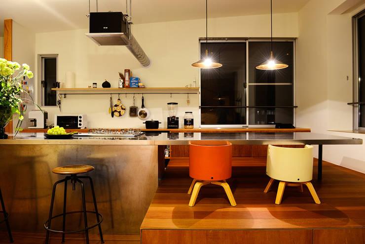 modern Kitchen by アーキライン一級建築士事務所