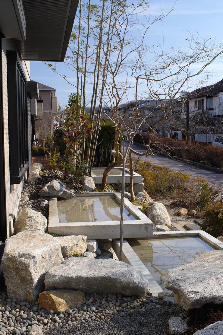 うつくしこむ庭 - 写真10: 平山庭店が手掛けた庭です。