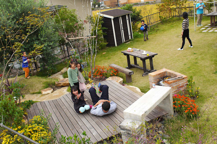 ハウスbetweenデッキの庭 - 写真08: 平山庭店が手掛けた庭です。,