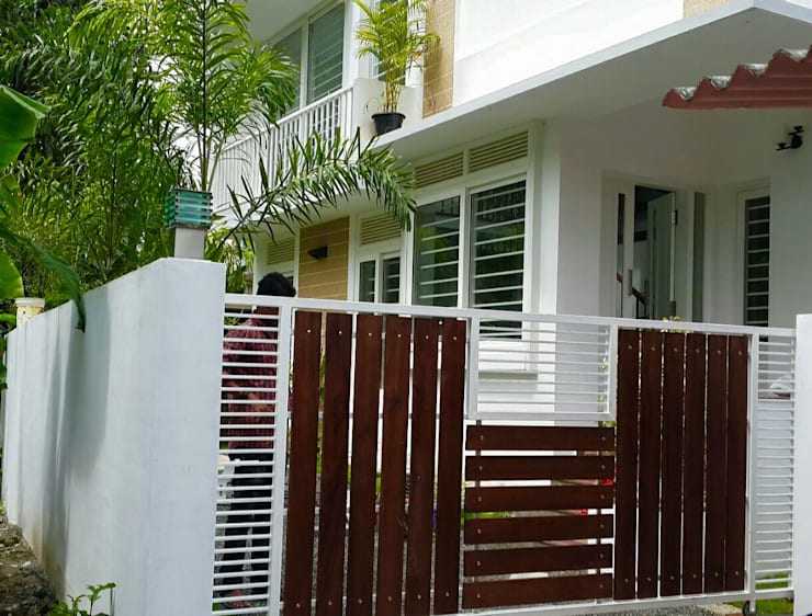 Project Cochin-Vaduthala:  Houses by KATIC DESIGNS