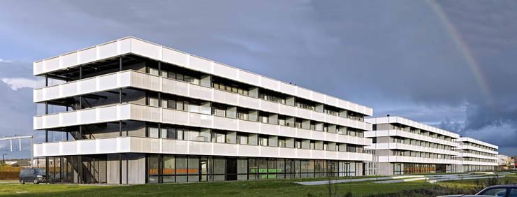 Casas de estilo  por JMW architecten , Minimalista Aluminio/Cinc