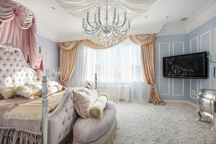 Фото классической спальни по проекту от Батенькофф в ЖК Москва : Спальни в . Автор – Дизайн студия 'Дизайнер интерьера № 1'