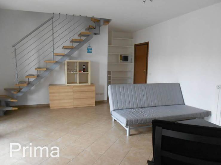 PRIMA Zona Giorno:  in stile  di StageRô by Roberta Anfora - Home Staging & Photography