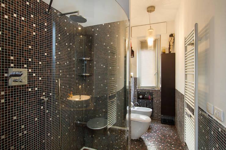 Projekty,  Łazienka zaprojektowane przez Fabio Carria