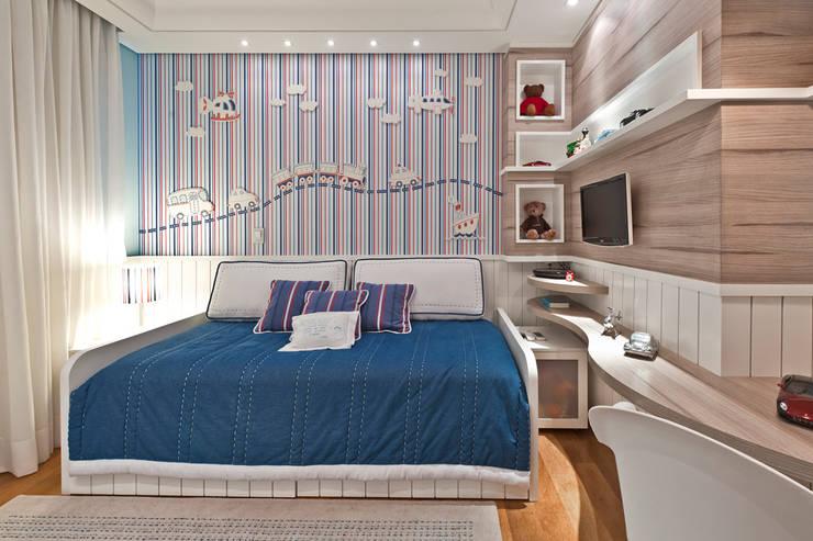 Moderne Kinderzimmer von Heller Arquitetura e Interiores Modern