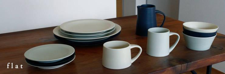 flat: KANEAKI SAKAI POTTERYが手掛けた家庭用品です。,
