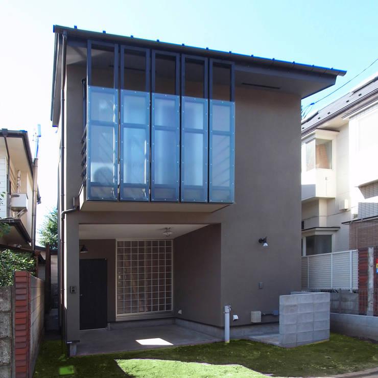 自然素材を生かした家: ユミラ建築設計室が手掛けた家です。