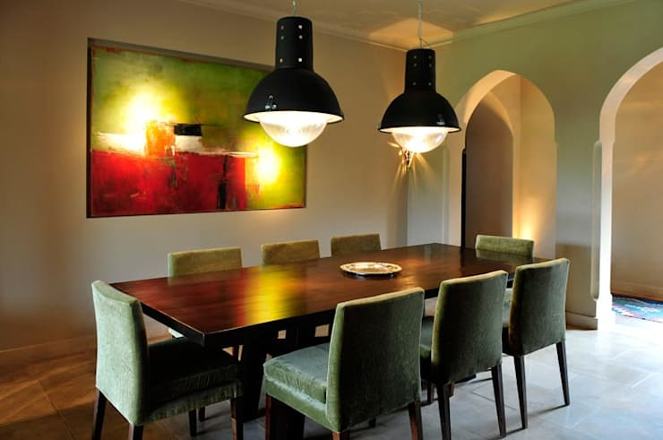 modern Dining room by Estudio Moron Saad
