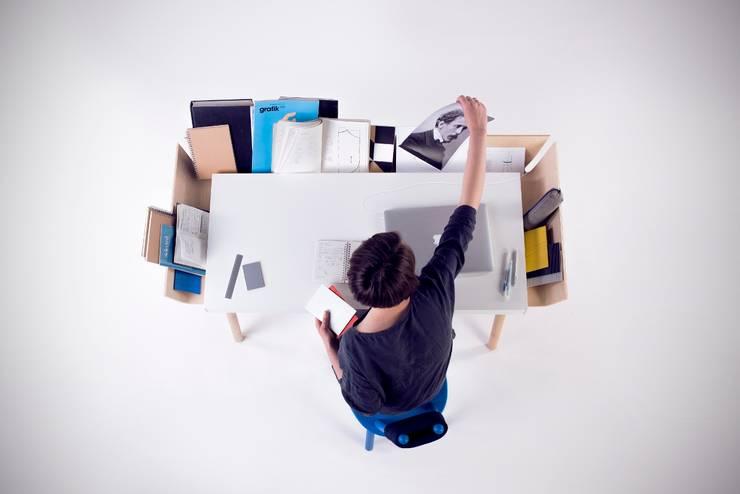 ห้องอ่านหนังสือและห้องทำงาน by Baltic Design Shop