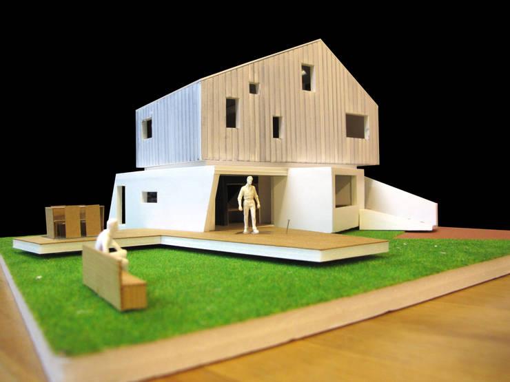 Loop House 무한궤도 하우스 : ADMOBE Architect의