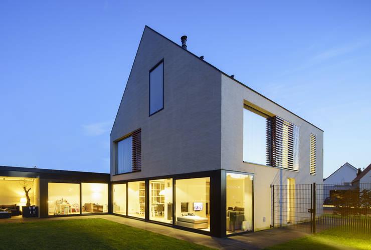 Comedores de estilo  de JMW architecten, Moderno Vidrio