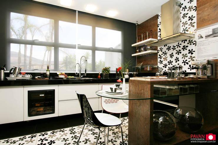 Casa Cor | Cozinha: Cozinhas modernas por Pavan Fotografia | Marcus Vinicius Pavan