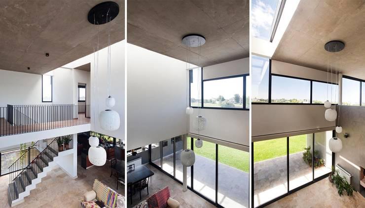 Гостиная в . Автор – Speziale Linares arquitectos