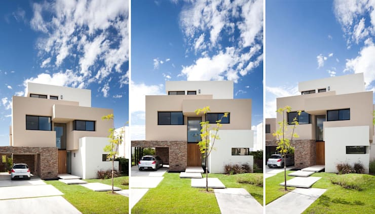 Houses by Speziale Linares arquitectos