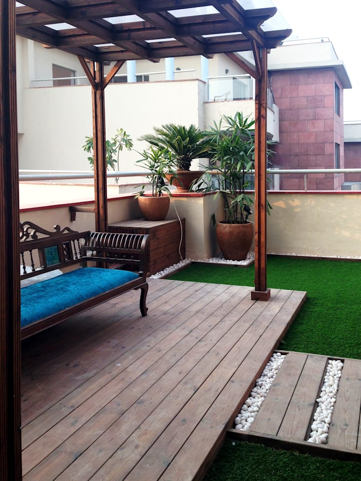 Penthouse Terrace makeover:  Terrace by Studio Earthbox