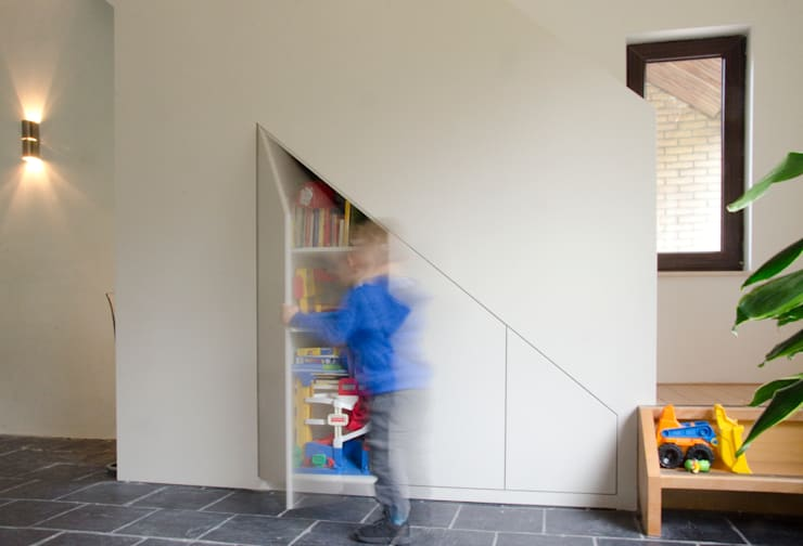 Salas de estar  por Ontwerpbureau Op den Kamp , Moderno