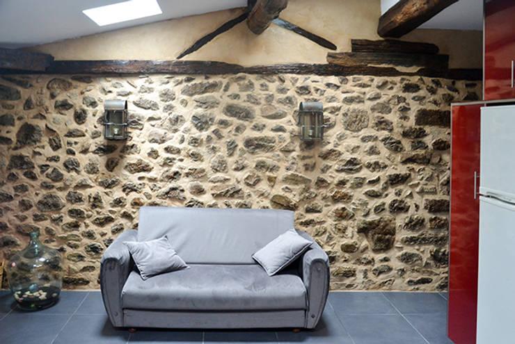 Sala de Estar: Salas de estar  por HAS - Hinterland Architecture Studio,Moderno