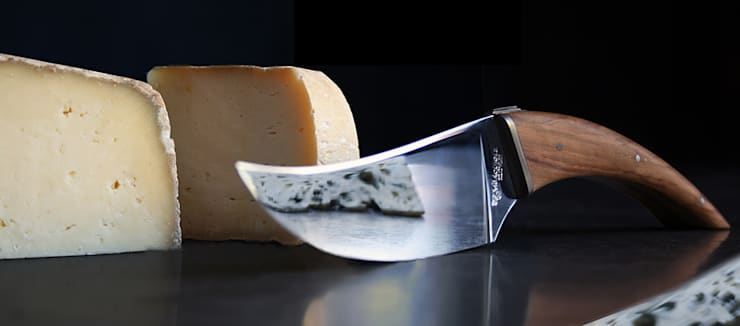 Couteau à fromage Laguiole en Aubrac: Cuisine de style  par Auzier design studio