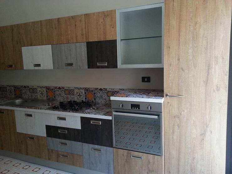 Cocinas de estilo  por Cucine e Design
