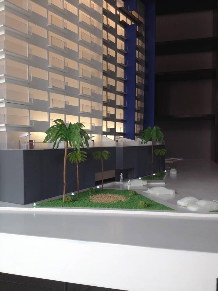 Maqueta con iluminación interior:  de estilo  por Constructora e Inmobiliaria Catarsis