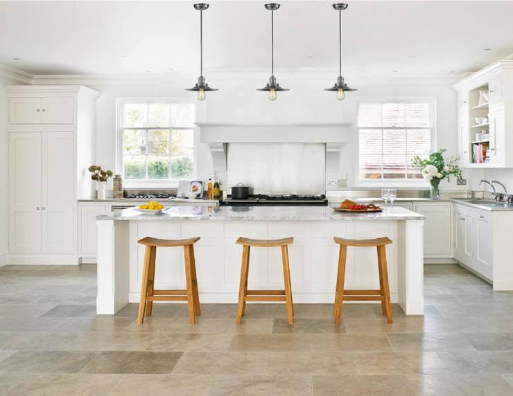Lámparas-Fotoambientes: Cocinas de estilo  por Class Iluminación
