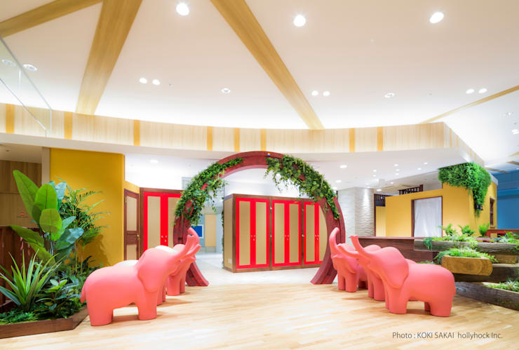 Photo studio hollyhock LaLaport EBINA: sixinch JAPANが手掛けたインテリアランドスケープです。