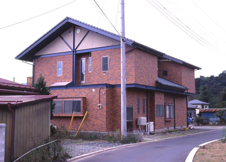 H鋼の家: アーキ・ヴォイスが手掛けた家です。