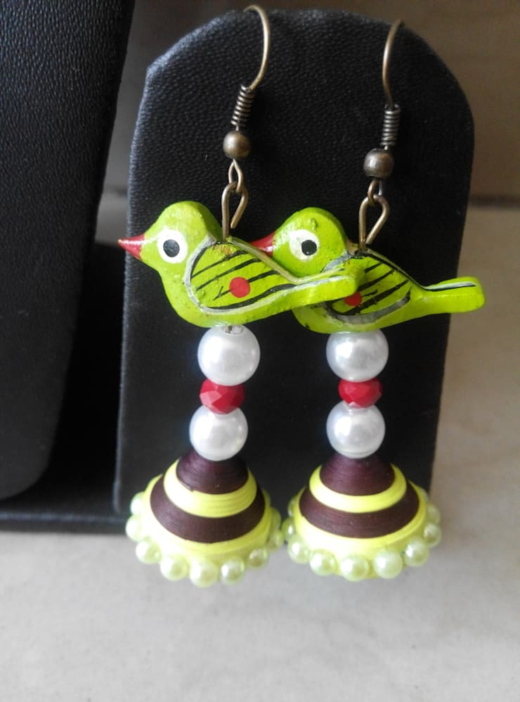 Quilling  Earring:   by Alyth Creations