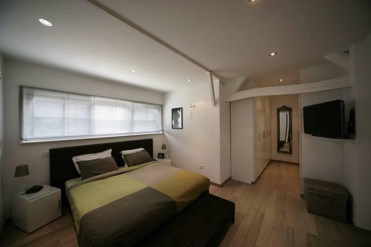 Vdm M:  Slaapkamer door Rove