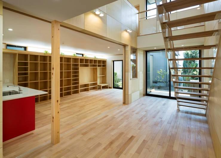 岡崎宇頭の家: 株式会社タバタ設計が手掛けた和室です。