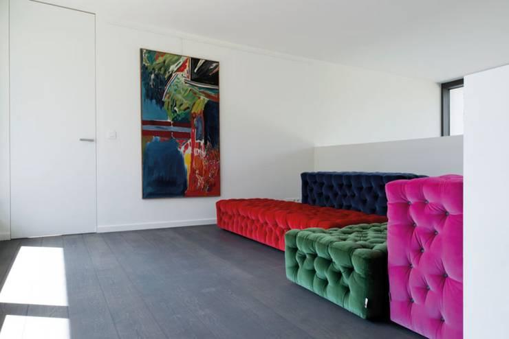 Project De Plankerij voor Summum - Interiors (http://www.summum-interiors.com):  Muren door De Plankerij BVBA