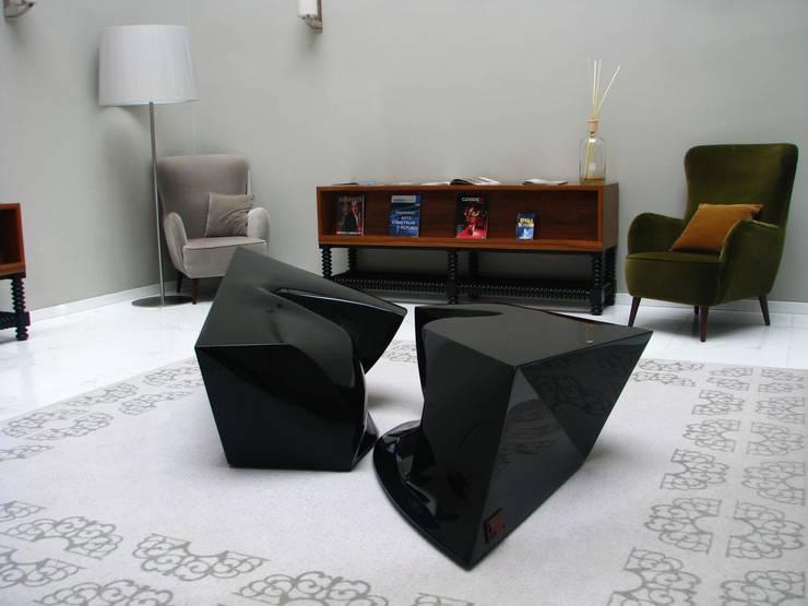 pt . fotografia   en . photography: Arte  por Office of Feeling Architecture, Lda