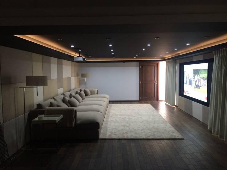 Portfolio: classic Media room by CPD Sound & Vision
