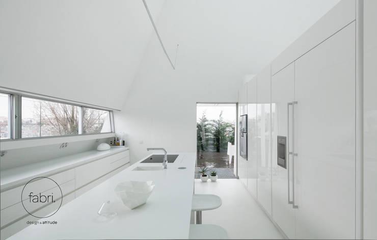 minimalistic Kitchen by FABRI