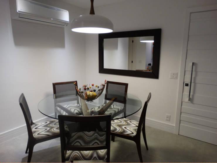 LIVING: Salas de jantar  por AC projetos de arquitetura e interiores