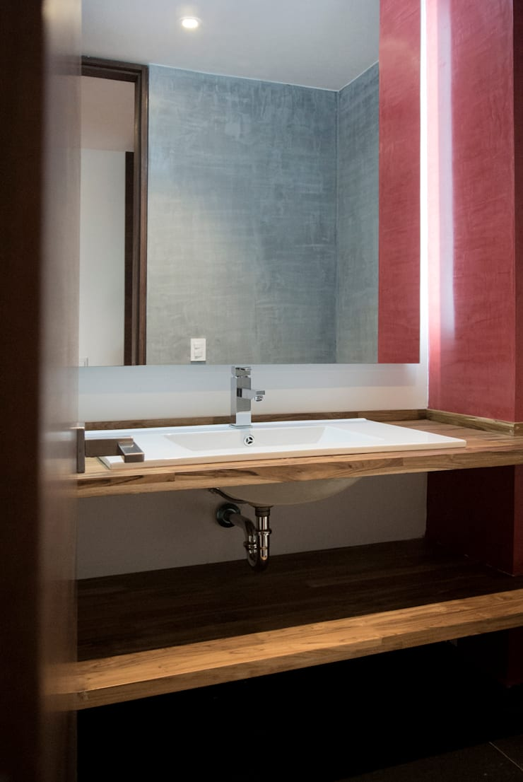 Modern bathroom by KDF Arquitectura Modern Solid Wood Multicolored