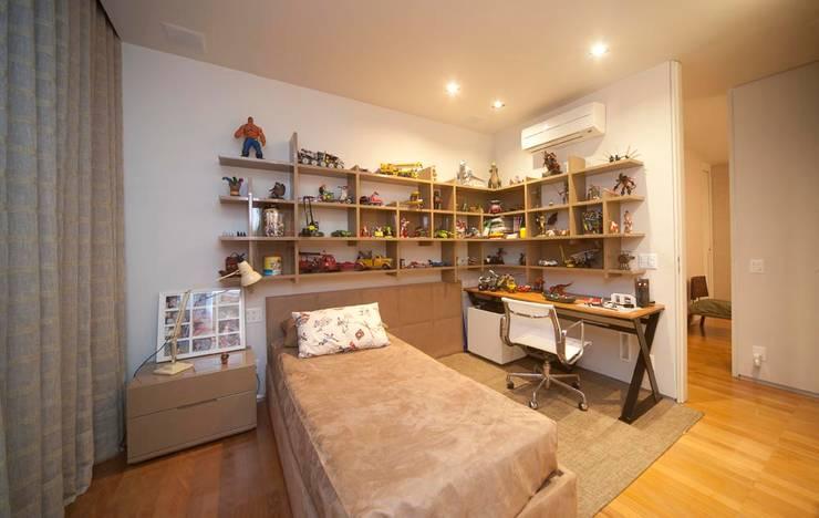 Apartamento Santo Agostinho: Quarto  por NB Projetos