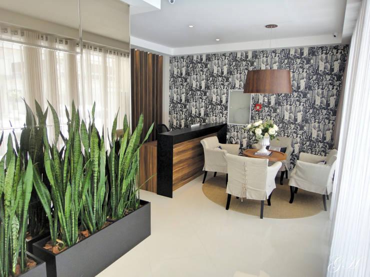 Recepção: Espaços comerciais  por Gabriela Herde Arquitetura & Design,Moderno