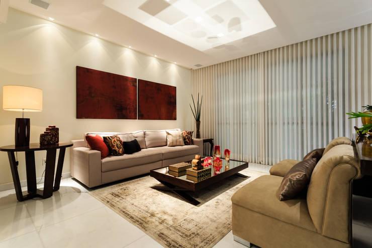 Apartamento Lourdes: Salas de estar  por Morávia - Arquitetura e Interiores