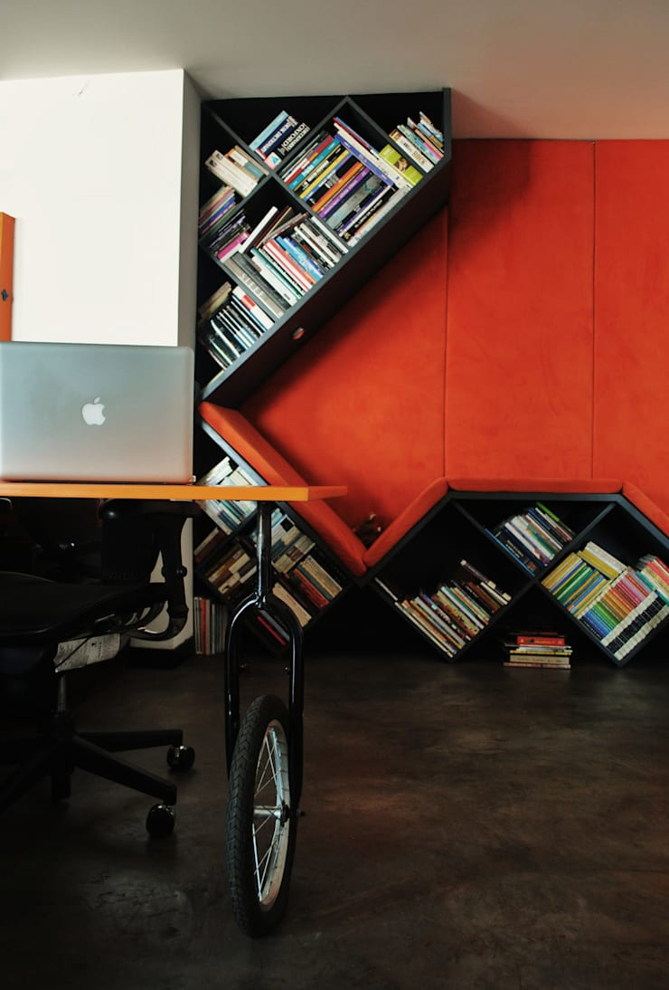 APARTAMENTO SIERRAS: Estudios y despachos de estilo  por santiago dussan architecture & Interior design, Ecléctico