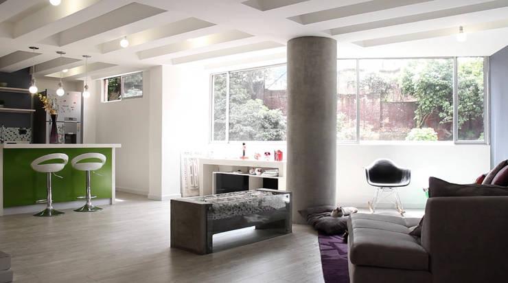 Salones de estilo ecléctico de santiago dussan architecture & Interior design Ecléctico