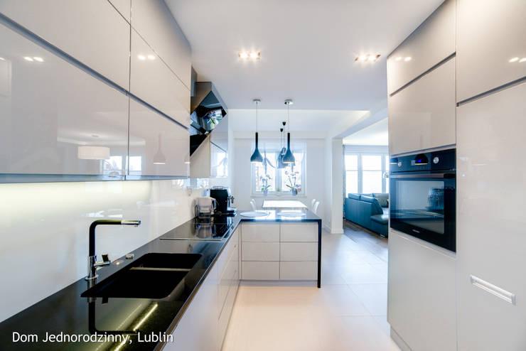 dom ul.Goplan Lublin: styl , w kategorii Kuchnia zaprojektowany przez Auraprojekt