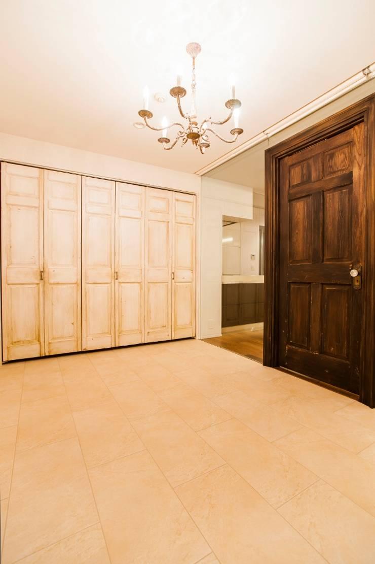 シンプル、シャビー、モロッコ調、部屋ごとに表情が変わるマンション: QUALIAが手掛けた和室です。