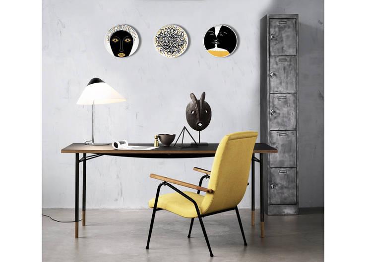 Progetto: Studio in stile in stile Moderno di KIASMO