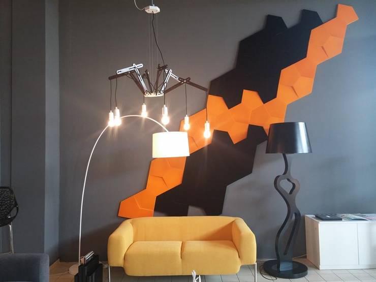 Realizacja. Panele Chain w poczekalni.: styl , w kategorii Biurowce zaprojektowany przez FLUFFO fabryka miękkich ścian,Industrialny