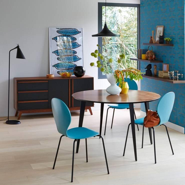 Nouveaux projets: Salon de style de style Moderne par LEG-OFF