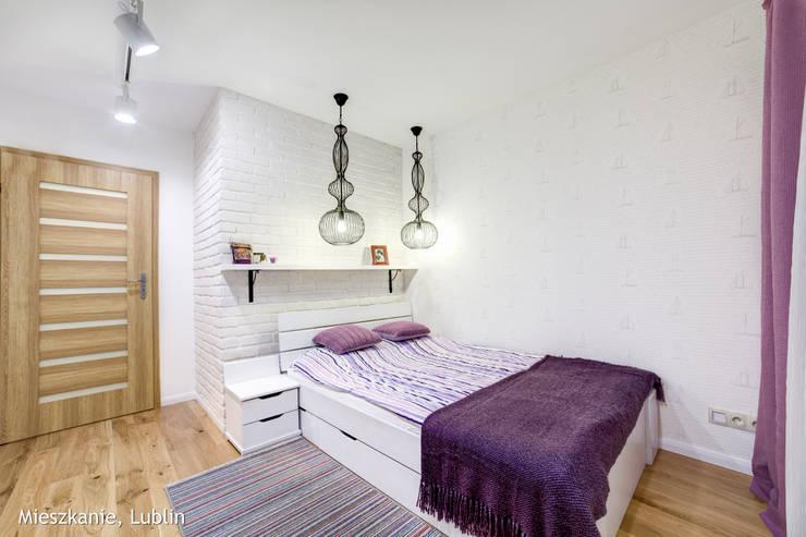mieszkanie na Felinie Lublin: styl , w kategorii Sypialnia zaprojektowany przez Auraprojekt