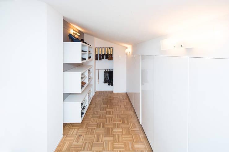 Dressing room by Karl Kaffenberger Architektur | Einrichtung