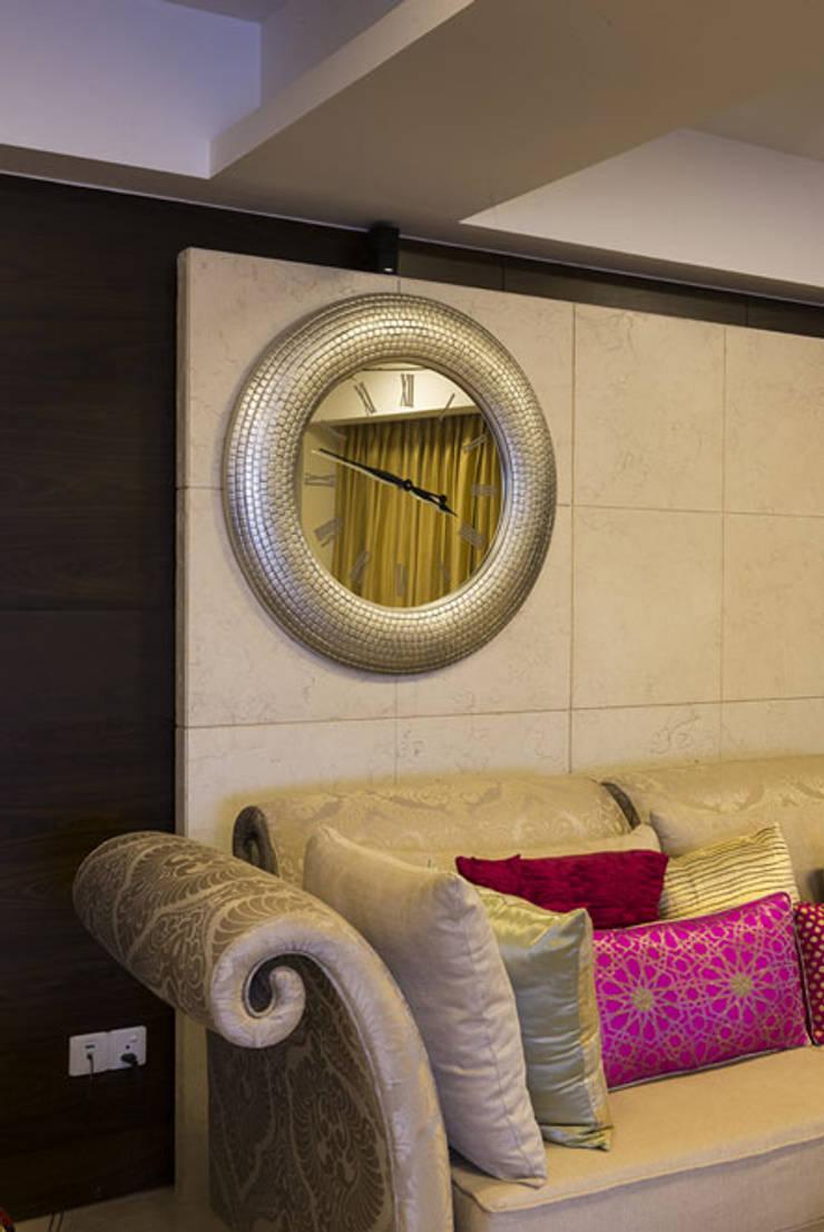 Salon de style  par Spaces and Design,