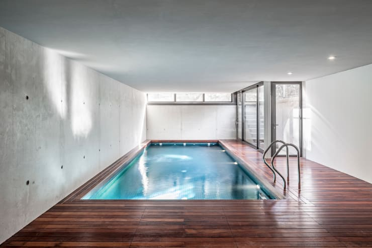 moderner Pool von Alex Gasca, architects.
